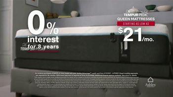 Ashley HomeStore Memorial Day Mattress Sale TV Spot, 'Save $800, 0% Interest' - Thumbnail 5