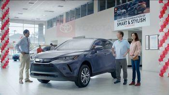 2021 Toyota Venza TV Spot, 'Perfect Combination' [T2] - Thumbnail 10