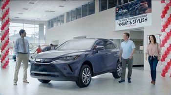 2021 Toyota Venza TV Spot, 'Perfect Combination' [T2] - Thumbnail 2