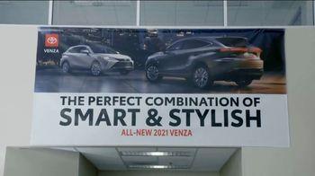 2021 Toyota Venza TV Spot, 'Perfect Combination' [T2] - Thumbnail 5