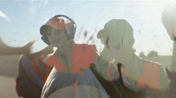 South Dakota Department of Tourism TV Spot, 'The Power of Pheasant Hunting' - Thumbnail 7