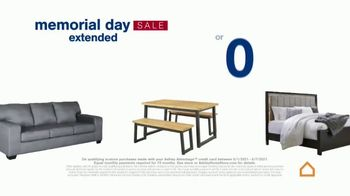 Ashley HomeStore Memorial Day Sale TV Spot, 'Extended: Up to 30% Off or No Interest' - Thumbnail 5