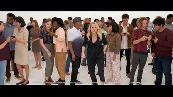 Verizon TV Spot, 'Biggest Upgrade Ever: Entertainment' Featuring Kate McKinnon - Thumbnail 2