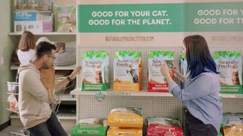 Naturally Fresh TV Spot, 'New Cat Parents' - Thumbnail 4