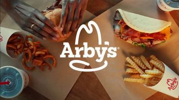 Arby's Smokehouse TV Spot, 'Problem Solved' Song by YOGI - Thumbnail 9