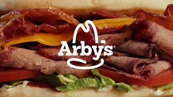 Arby's Smokehouse Brisket Bacon Flatbread TV Spot, 'Smoked Low and Slow' Song by YOGI - Thumbnail 9