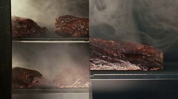 Arby's Smokehouse Brisket Bacon Flatbread TV Spot, 'Smoked Low and Slow' Song by YOGI - Thumbnail 4