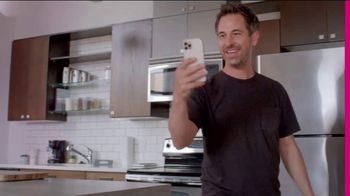T-Mobile Magenta MAX TV Spot, 'iPhone 12 Pro On Us: Leader in 5G'