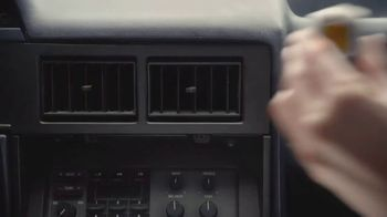 Febreze Car Vent Clip TV Spot, 'Open Road Freshness' - Thumbnail 5