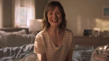 Vicks ZzzQuil PURE Zzzs Restorative Herbal Sleep TV Spot, 'Tired of Being Tired' - Thumbnail 5