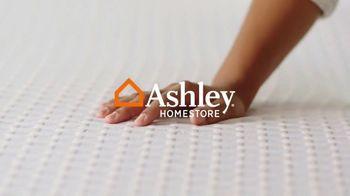 Ashley HomeStore Memorial Day Sale TV Spot, 'Last Chance: 0% Interest'