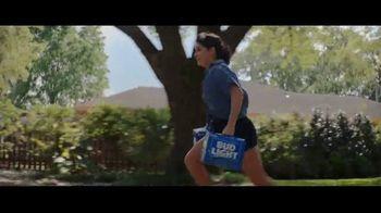 Bud Light TV Spot, 'Gózate el verano con tu cooler' [Spanish]