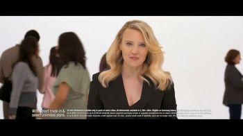 Verizon TV Spot, 'Biggest Upgrade Ever: 5G Phones' Featuring Kate McKinnon - Thumbnail 2