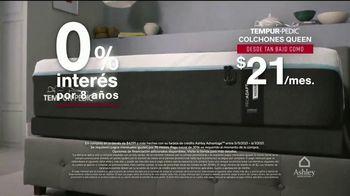Ashley HomeStore Venta de Memorial Day TV Spot, 'Base ajustable gratis y Ashley Cash' [Spanish] - Thumbnail 5