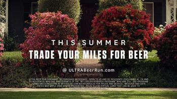 Michelob ULTRA TV Spot, 'The Pursuit' Song by Eddie & Ernie - Thumbnail 8