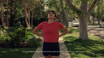 Michelob ULTRA TV Spot, 'The Pursuit' Song by Eddie & Ernie - Thumbnail 5