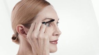 Anastasia Beverly Hills TV Spot, 'First Name in Brows: Three Piece Kit and Two Free Gifts' - Thumbnail 8