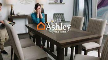 Ashley HomeStore Spring Sale TV Spot, 'Celebra a mamá' [Spanish] - Thumbnail 1