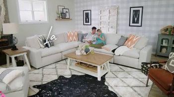 Ashley HomeStore Spring Sale TV Spot, 'Celebra a mamá' [Spanish] - Thumbnail 9