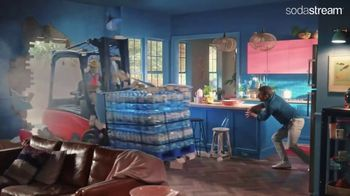SodaStream TV Spot, 'Tired of Running Out of Sparkling Water?' - Thumbnail 4