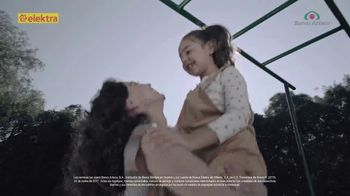 Banco Azteca TV Spot, 'Envía dinero a mamá' [Spanish]