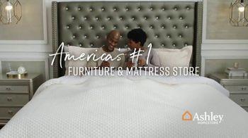 Ashley HomeStore Memorial Day Mattress Sale TV Spot, 'Save $500 on Adjustable Sets' - Thumbnail 7