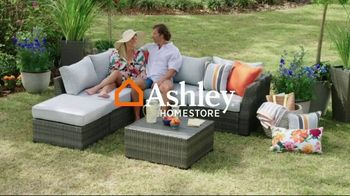 Ashley HomeStore Memorial Day Sale TV Spot, 'Up to 30% Off and 0% Interest, No Minimum Purchase' - Thumbnail 1