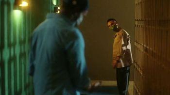 Heineken TV Spot, 'A Night Out' Song by Dante Marchi - Thumbnail 7