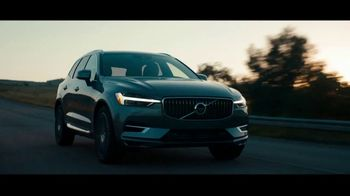 2021 Volvo XC60 Recharge TV Spot, 'Unplugged' Song by Squeak E Clean Studios, Kit Conway [T2]