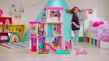 Barbie Dreamhouse TV Spot, 'Sleepover' - Thumbnail 7