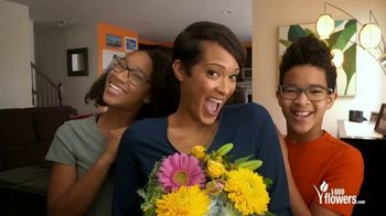 1-800-FLOWERS.COM TV Spot, 'Mother's Day: No Bed of Roses' - Thumbnail 9