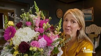 1-800-FLOWERS.COM TV Spot, 'Mother's Day: No Bed of Roses' - Thumbnail 6