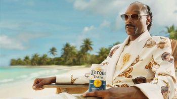Corona Extra TV Spot, 'Time Is Money' Featuring Snoop Dogg - Thumbnail 3