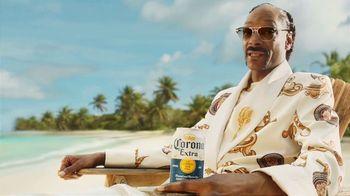Corona Extra TV Spot, 'Time Is Money' Featuring Snoop Dogg - Thumbnail 4