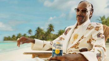 Corona Extra TV Spot, 'Time Is Money' Featuring Snoop Dogg - Thumbnail 5
