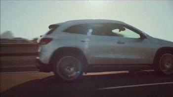 2021 Mercedes-Benz GLA TV Spot, 'Big' [T1] - Thumbnail 3