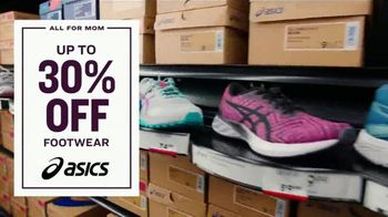 Academy Sports + Outdoors All for Mom 4-Day Deals TV Spot, '30% Off' - Thumbnail 3