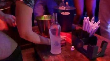 Col Bleu Vodka TV Spot, 'A New Experience' - Thumbnail 6