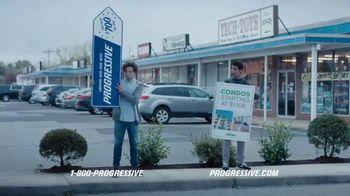 Progressive TV Spot, 'Sign Spinner: Sun Dial' - Thumbnail 8