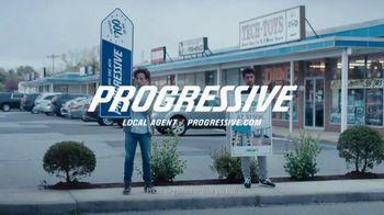 Progressive TV Spot, 'Sign Spinner: Sun Dial' - Thumbnail 9