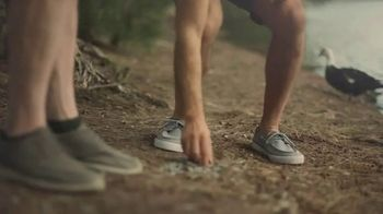 Chinet TV Spot, 'Here's to Us: Rock Skipping' - Thumbnail 1