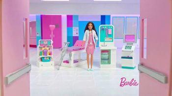 Barbie Fast Cast Clinic TV Spot, 'Everyday Hero' - Thumbnail 1