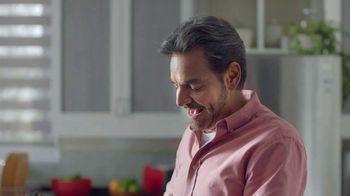 DishLATINO TV Spot, 'Llegar a casa' con Eugenio Derbez [Spanish] - Thumbnail 1