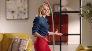 La-Z-Boy St. Patrick's Day Sale TV Spot, 'So Many Colors' Featuring Kristen Bell - Thumbnail 4