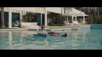Visible TV Spot, '12 Degrees of Kevin Bacon' Featuring Kevin Bacon, Michael Gross - Thumbnail 1