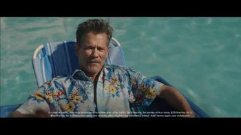 Visible TV Spot, '12 Degrees of Kevin Bacon' Featuring Kevin Bacon, Michael Gross - Thumbnail 3
