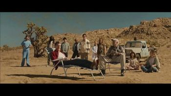 Visible TV Spot, '12 Degrees of Kevin Bacon' Featuring Kevin Bacon, Michael Gross - Thumbnail 7