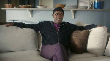 Capital One Savor Card TV Spot, 'Everytime' Ft. Jim Nantz, Samuel L. Jackson, Charles Barkley - Thumbnail 3