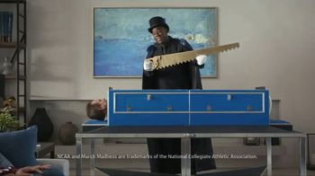 Capital One TV Spot, 'It's Like Magic' Featuring Charles Barkley, Samuel L. Jackson, Magic Johnson - Thumbnail 7