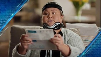 Aflac TV Spot, 'Brace Yourself' Featuring Rob Riggle, Lil Rel Howery - Thumbnail 4